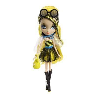 Garden Tea Party Dee as Bee-Licious